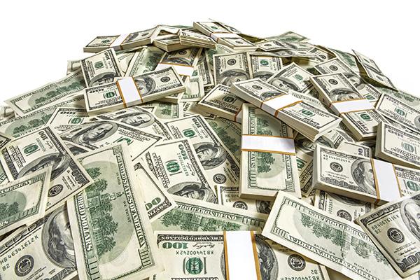 Cash pile 600x400